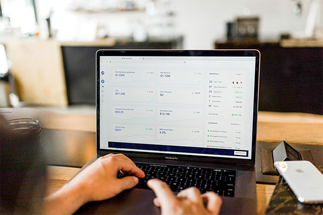 How TimeSolv Helps Law Firms Handle Invoicing for Multiple Clients